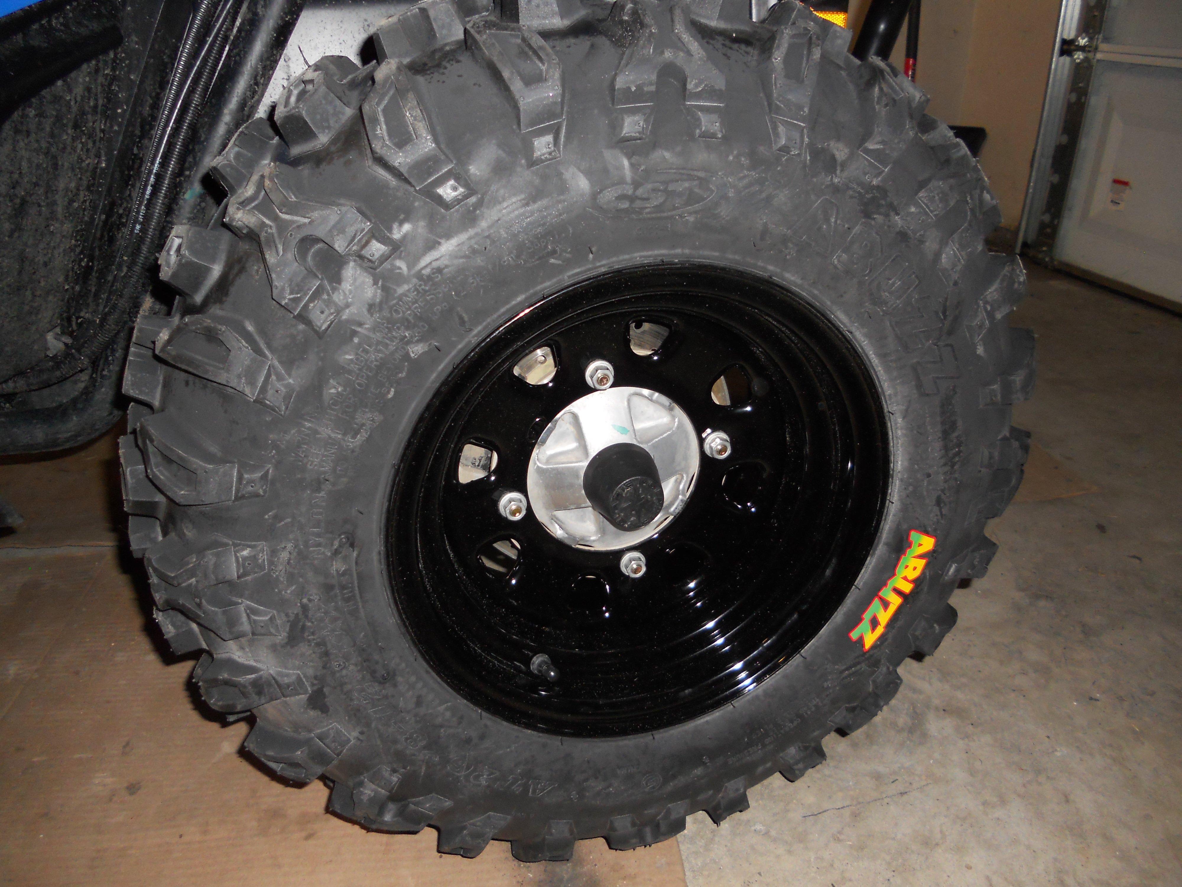 Cst Abuzz Tires