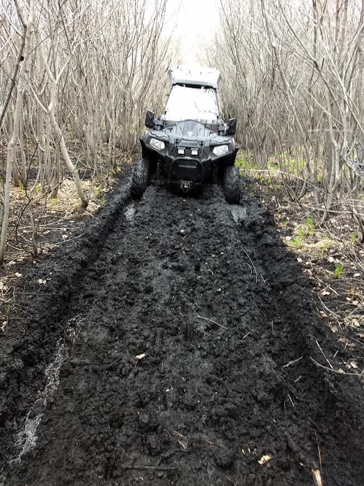 Name:  mud.jpg Views: 37 Size:  142.5 KB